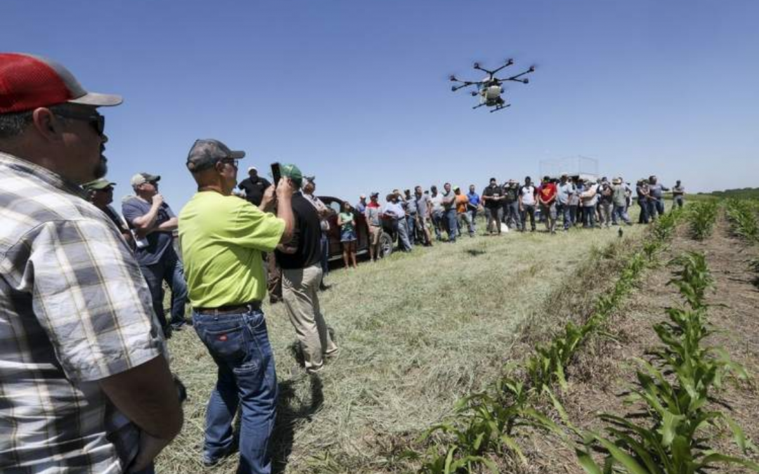 Rantizo drone demonstrates cover crop seeding at a Field Day in Ainsworth Iowa